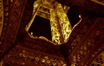 eiffel tower at night 2001