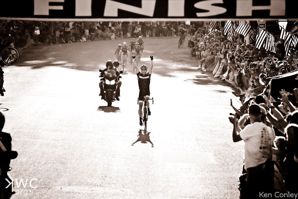 Lance Armstrong Wins - (c) Ken Conley