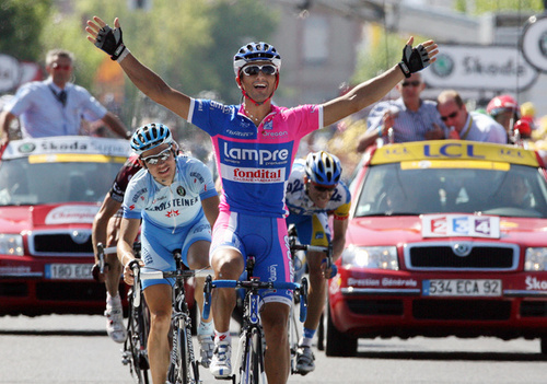 fullj.getty-tdf2007-cycling-bennati_11_25_15_am.jpg
