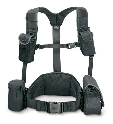 lowepro_shoulder_harness.jpg